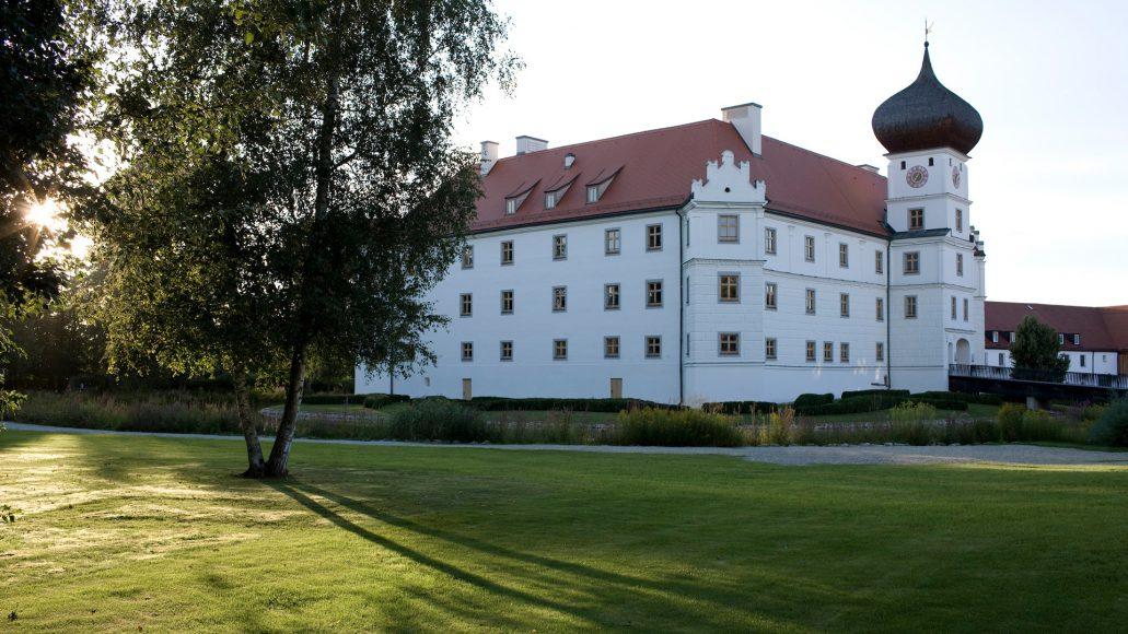 SH_Schloss_Sommer_02